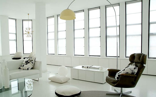 http://www.apartmenttherapy.com/chicago/inspiration/white-apartment-black-accents-072358