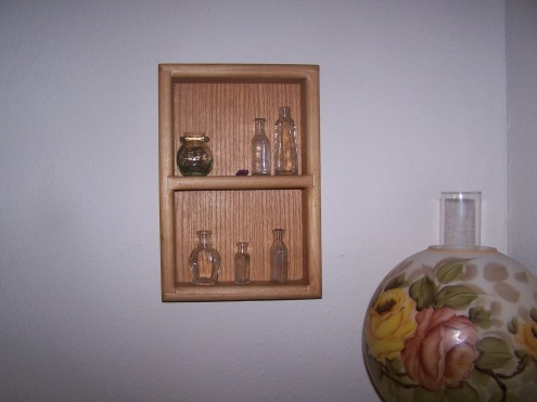 A close up of Tony's little box and the apothecary bottles.