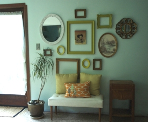 http://www.apartmenttherapy.com/sf/inspiration/inspiration-cluster-of-frames-059600