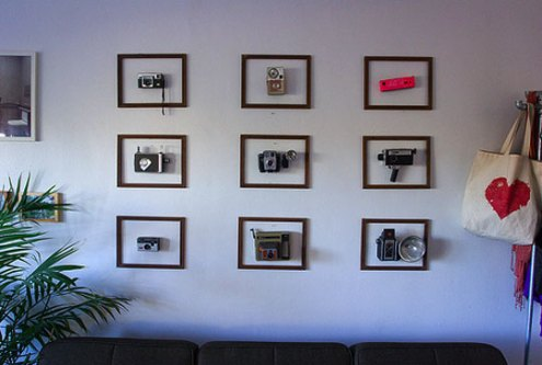 //www.apartmenttherapy.com/la/look/look-framed-vintage-camera-collection-on-the-cheap-072111