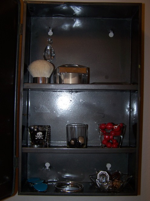 This is the inside of the cabinet all neatly organized and pretty.