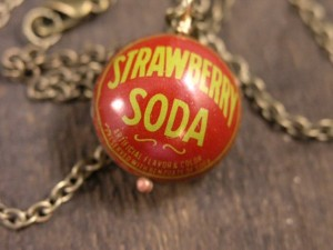//www.kaboodle.com/reviews/etsy-47bonanza-vintage-soda-pop-bottle-cap-pendant-necklace