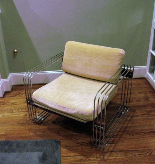 http://www.apartmenttherapy.com/ny/good-questions/good-questions-identify-this-chair-074933
