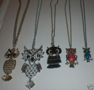 http://cgi.ebay.com/VINTAGE-OWL-NECKLACE-JEWELRY-LOT-JOINTED-SIGNED-NO-RESV_W0QQitemZ140297073432QQcmdZViewItemQQptZVintage_Costume_Jewelry?hash=item140297073432&_trksid=p3286.c0.m14&_trkparms=72%3A1326%7C66%3A2%7C65%3A12%7C39%3A1%7C240%3A1318%7C301%3A1%7C293%3A1%7C294%3A50