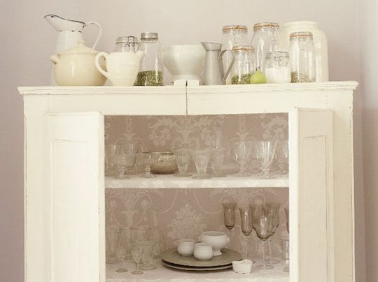 http://www.apartmenttherapy.com/chicago/inspiration/inspiration-lined-cabinets-075583 . Originally from Homes and Gardens.