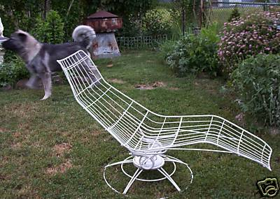 Mid century bug make mine eclectic for Chaise eames pied metal
