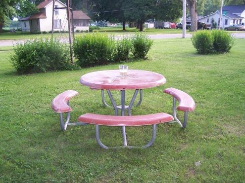 picnic table 008