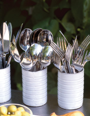 http://www.countryliving.com/cooking/entertaining/outdoor-party-decorations-0409